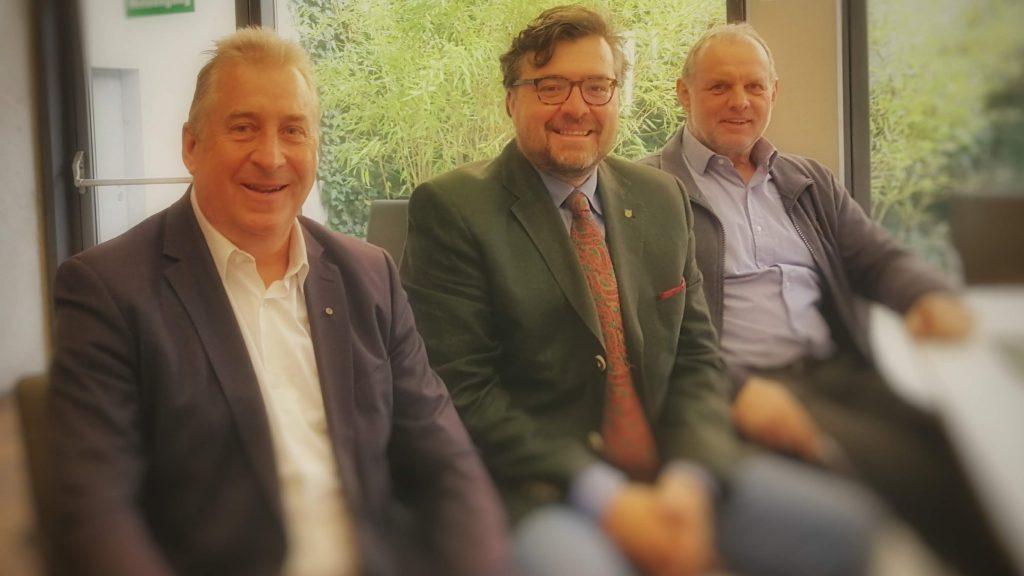 Gruppenfoto: Mit meinen Europa-Gemeinderatskollegen aus Mittelkärnten. Links neben mir der Liebenfelser Gemeindevorstand Rudolf Plantoun und rechts der Frauensteiner Vizebürgermeister Herbert Pichlmaier.